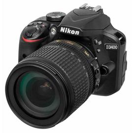 Зеркальный фотоаппарат Nikon D3400 kit (18-105mm VR) вид под углом справа